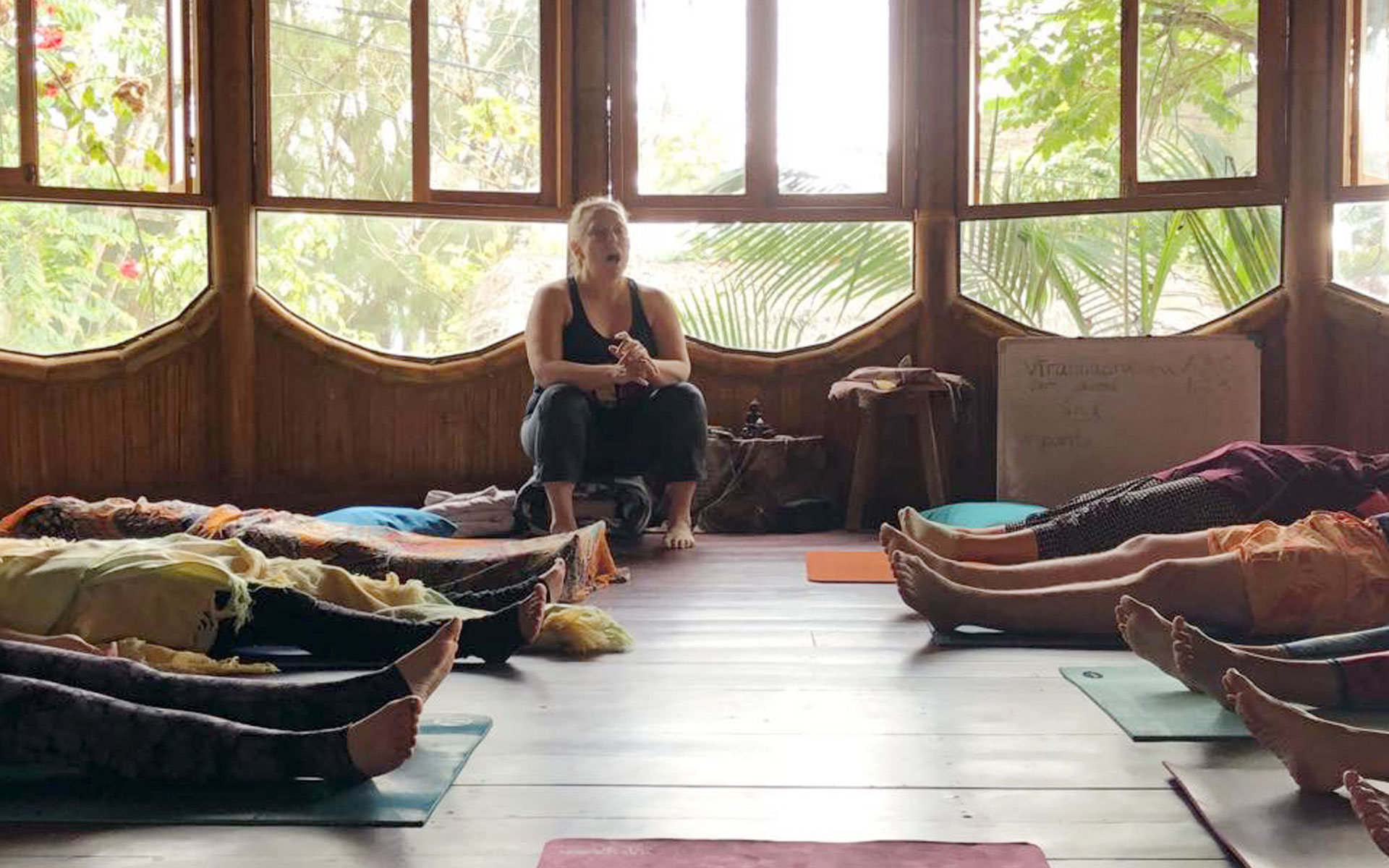 Mantanitas Ecuador Yoga Teacher Training